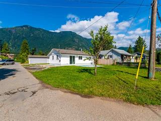 House for sale in Hope Center, Hope, Hope, 274 Cariboo Avenue, 262508194 | Realtylink.org