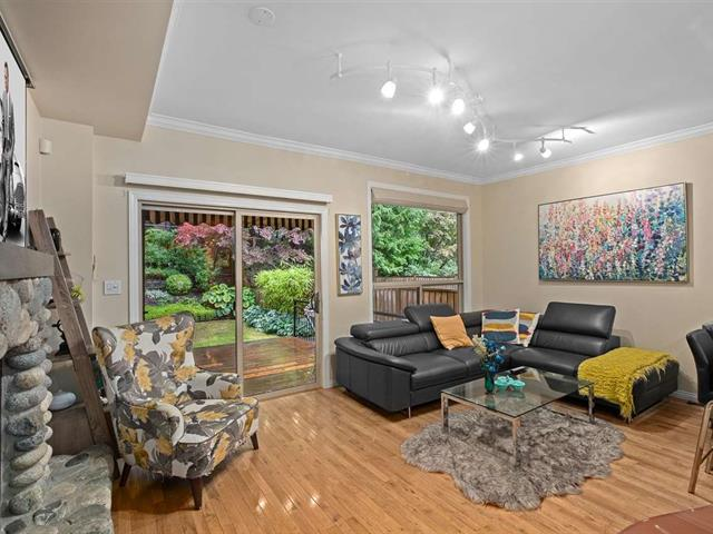 1/2 Duplex for sale in Glenmore, West Vancouver, West Vancouver, 27b Glenmore Drive, 262524065   Realtylink.org