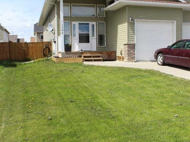 1/2 Duplex for sale in Fort St. John - City NE, Fort St. John, Fort St. John, 11308 88a Street, 262485871 | Realtylink.org