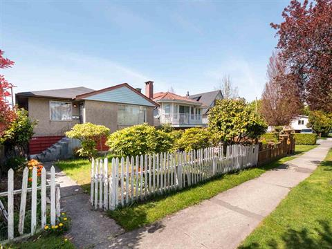 House for sale in Collingwood VE, Vancouver, Vancouver East, 5557 Stamford Street, 262387258   Realtylink.org