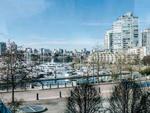 Apartment for sale in Yaletown, Vancouver, Vancouver West, 306 1067 Marinaside Crescent, 262375191 | Realtylink.org