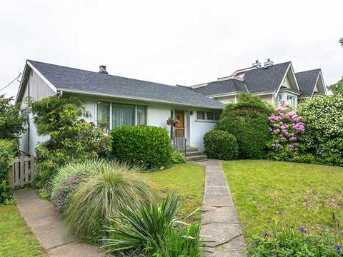 House for sale in Lower Lonsdale, North Vancouver, North Vancouver, 215 W Keith Road, 262396657 | Realtylink.org