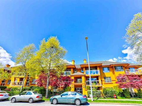 Apartment for sale in Sunnyside Park Surrey, Surrey, South Surrey White Rock, 207 15155 22 Avenue, 262384654 | Realtylink.org