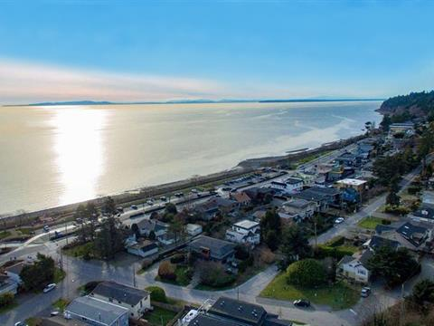 House for sale in White Rock, South Surrey White Rock, 14748 Upper Roper Avenue, 262378009   Realtylink.org
