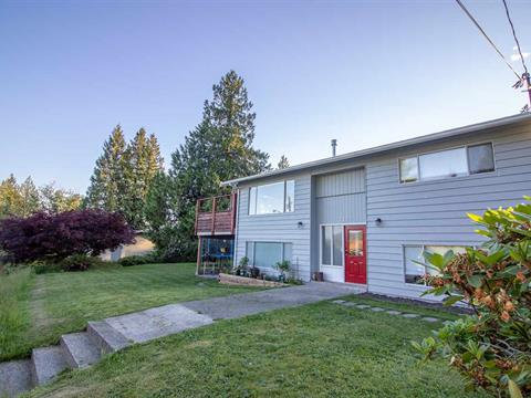 House for sale in Gibsons & Area, Gibsons, Sunshine Coast, 717 Crucil Road, 262394610 | Realtylink.org