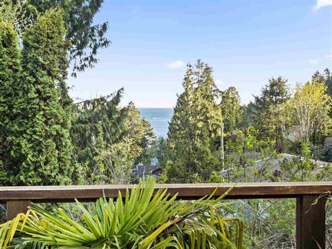House for sale in Gibsons & Area, Granthams Landing, Sunshine Coast, 473 Elphinstone Avenue, 262382459 | Realtylink.org