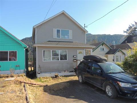 House for sale in Prince Rupert - City, Prince Rupert, Prince Rupert, 739 W 6th Avenue, 262363312 | Realtylink.org