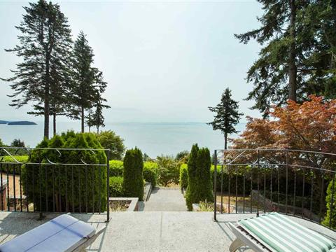 House for sale in Gibsons & Area, Gibsons, Sunshine Coast, 40 15th Street, 262321673 | Realtylink.org