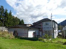 Triplex for sale in Prince Rupert - City, Prince Rupert, Prince Rupert, 957-959 E 6 Avenue, 262426406 | Realtylink.org