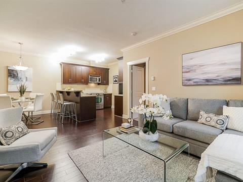Apartment for sale in King George Corridor, Surrey, South Surrey White Rock, 202 15368 17a Avenue, 262423283 | Realtylink.org