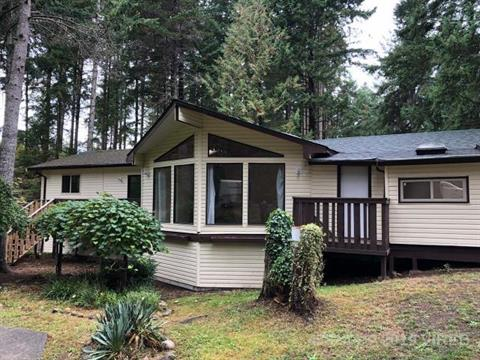 House for sale in Comox, Ladner, 707&711 Sand Pines Drive, 458144 | Realtylink.org
