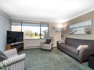 Apartment for sale in King George Corridor, Surrey, South Surrey White Rock, 303 15272 19 Avenue, 262438380   Realtylink.org