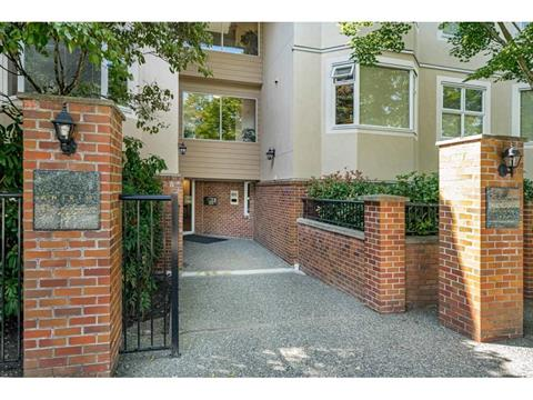 Apartment for sale in Metrotown, Burnaby, Burnaby South, 210 7231 Antrim Avenue, 262418796 | Realtylink.org