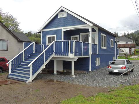 House for sale in Prince Rupert - City, Prince Rupert, Prince Rupert, 900 E 10th Avenue, 262420307 | Realtylink.org