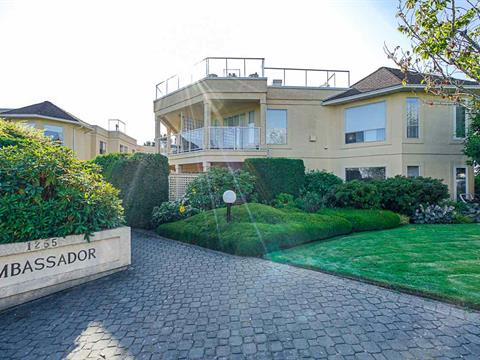 Apartment for sale in White Rock, South Surrey White Rock, 302 1255 Best Street, 262418118 | Realtylink.org