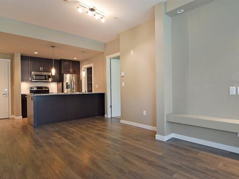 Apartment for sale in Abbotsford East, Abbotsford, Abbotsford, 204 2238 Whatcom Road, 262412935 | Realtylink.org