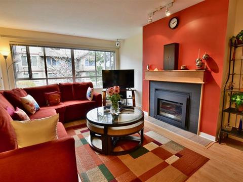 Apartment for sale in King George Corridor, Surrey, South Surrey White Rock, 203 15375 17 Avenue, 262409643 | Realtylink.org