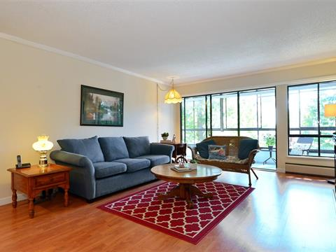 Apartment for sale in White Rock, South Surrey White Rock, 407 1319 Martin Street, 262386629 | Realtylink.org