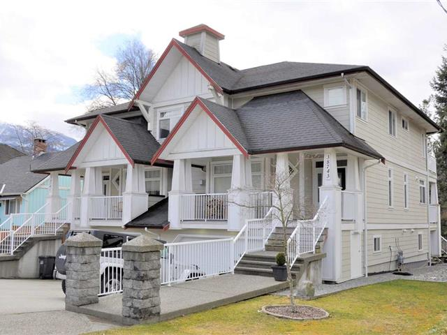 1/2 Duplex for sale in Dentville, Squamish, Squamish, 38743 Buckley Avenue, 262468849 | Realtylink.org