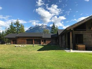House for sale in Bella Coola/Hagensborg, Bella Coola, Williams Lake, 2712 Egan Road, 262463093 | Realtylink.org