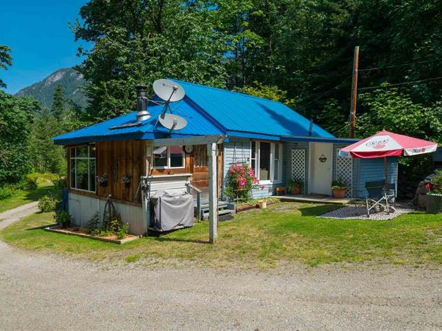 House for sale in Boston Bar - Lytton, Boston Bar, Hope, 41205 Trans Canada Highway, 262420868 | Realtylink.org