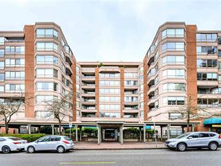 Apartment for sale in White Rock, South Surrey White Rock, 305 15111 Russell Avenue, 262456806   Realtylink.org
