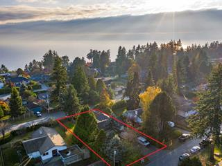 House for sale in White Rock, South Surrey White Rock, 13970 Malabar Avenue, 262430646 | Realtylink.org
