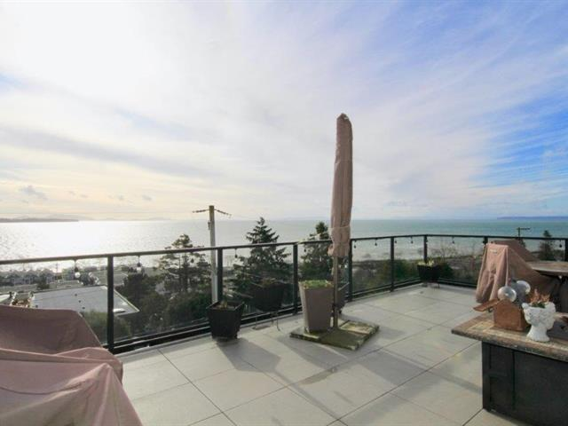 House for sale in White Rock, South Surrey White Rock, 14825 Prospect Avenue, 262455926 | Realtylink.org