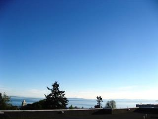 Apartment for sale in White Rock, South Surrey White Rock, 207 1341 George Street, 262460193 | Realtylink.org