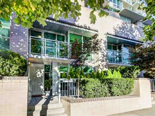Townhouse for sale in Lower Lonsdale, North Vancouver, North Vancouver, Th5 188 E Esplanade, 262457626 | Realtylink.org