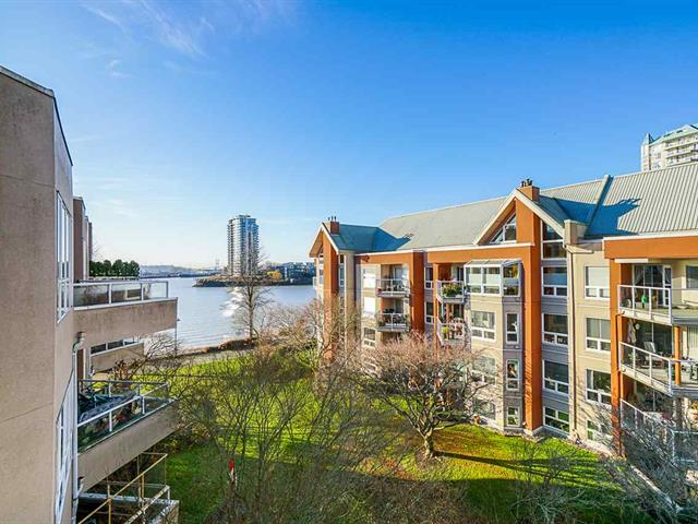 Apartment for sale in Quay, New Westminster, New Westminster, 422 1150 Quayside Drive, 262443786 | Realtylink.org