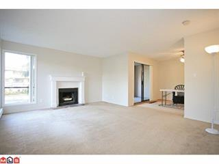 Townhouse for sale in Guildford, Surrey, North Surrey, 14838 Holly Park Lane, 262448902 | Realtylink.org