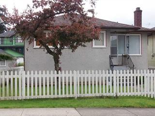 House for sale in Collingwood VE, Vancouver, Vancouver East, 2826 Cheyenne Avenue, 262441156   Realtylink.org