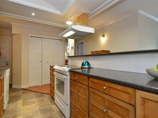Apartment for sale in White Rock, South Surrey White Rock, 407 1319 Martin Street, 262439128   Realtylink.org