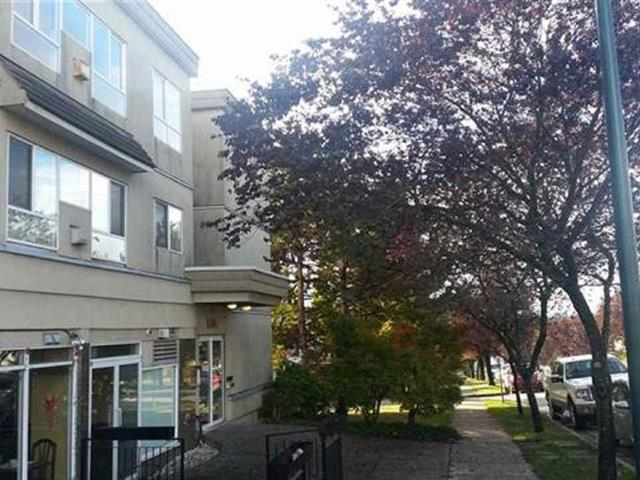 Apartment for sale in South Vancouver, Vancouver, Vancouver East, 205 688 E 56th Avenue, 262449338 | Realtylink.org