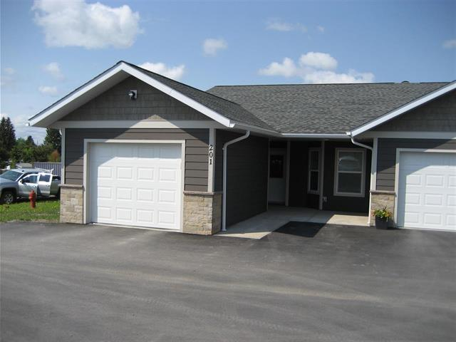 Townhouse for sale in Vanderhoof - Town, Vanderhoof, Vanderhoof And Area, 201 250 Seyforth Drive, 262408278 | Realtylink.org