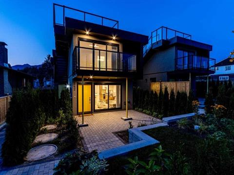 1/2 Duplex for sale in Central Lonsdale, North Vancouver, North Vancouver, 242 W 18th Street, 262419014 | Realtylink.org