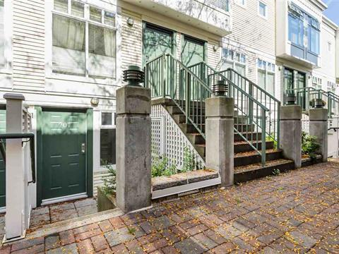 Townhouse for sale in Point Grey, Vancouver, Vancouver West, 207 3727 W 10th Avenue, 262433785 | Realtylink.org