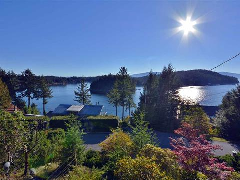 House for sale in Pender Harbour Egmont, Garden Bay, Sunshine Coast, 5036 Panorama Drive, 262413938   Realtylink.org