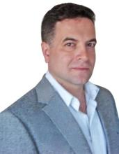 Evgeny Mikhlin, REALTOR<sup>®</sup>, Personal Real Estate Corporation