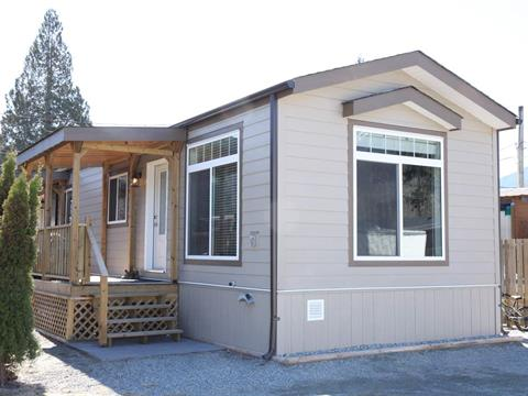 Manufactured Home for sale in Garibaldi Estates, Squamish, Squamish, 22 40022 Government Road, 262376921 | Realtylink.org