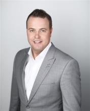 Stu Bell, REALTOR<sup>®</sup>, Personal Real Estate Corporation