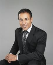 Simon Abraham, REALTOR<sup>®</sup>, Personal Real Estate Corporation