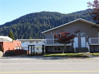 1/2 Duplex for sale in Prince Rupert - City, Prince Rupert, Prince Rupert, 1323 Sloan Avenue, 262436776 | Realtylink.org