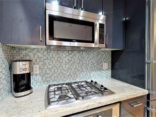 Apartment for sale in Lower Lonsdale, North Vancouver, North Vancouver, 201 172 Victory Ship Way, 262440977 | Realtylink.org