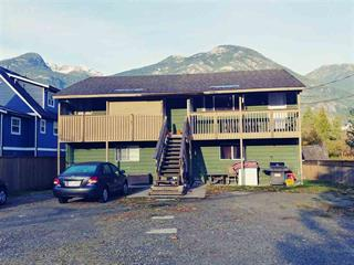 Duplex for sale in Dentville, Squamish, Squamish, 38427 Buckley Avenue, 262438664 | Realtylink.org